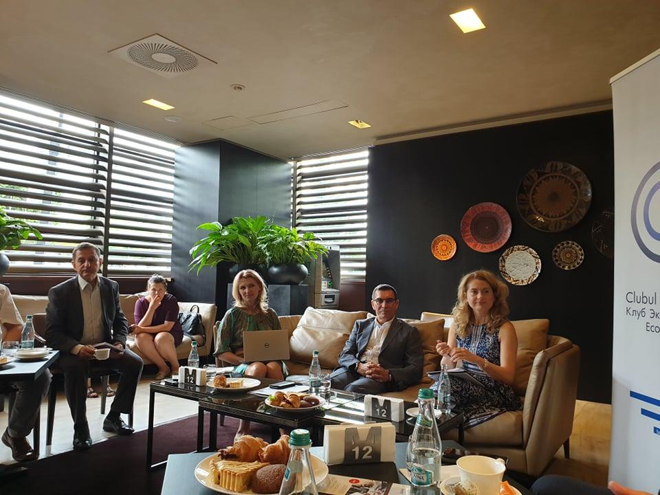 Meeting with Economic Press Club members