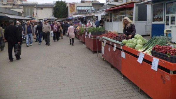 """agora.md: Asociația Investitorilor Străini îndeamnă autoritățile să înlocuiasă patenta în comerț cu """"activitatea independentă"""""""