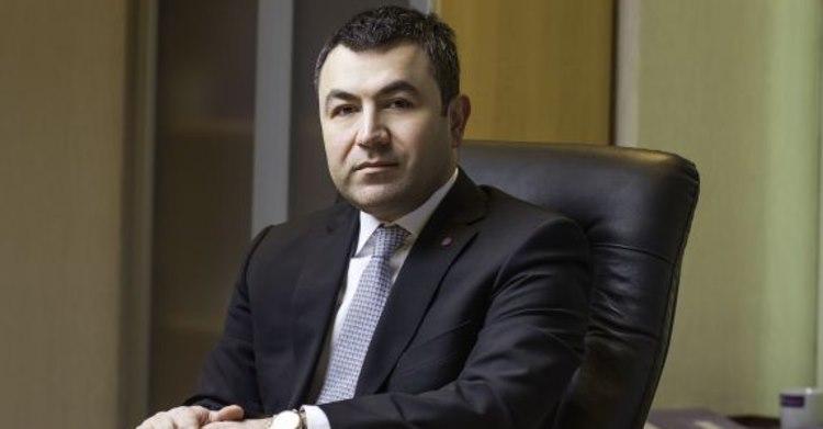 """Barkin Secen, CEO Moldcell """"Pentru investitori este important nu doar să facă profit, ci și să contribuie la dezvoltarea țării și a societății""""."""